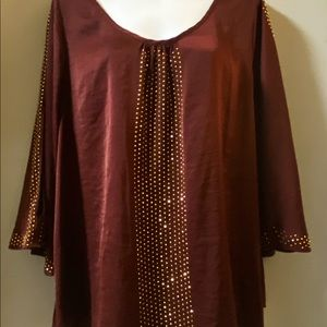 J. Lo burgundy blouse exposed arm gold beaded